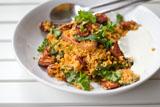 Couscous-Pfanne mit Chorizo und Mangold